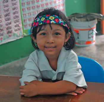 Only 20% of Burmese migrant children begin school in Ranong. A pre-school programme gives both children and parents a positive experience so they want to start school.