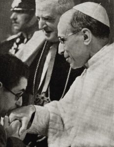 Pope Pius XII and a blind war veteran